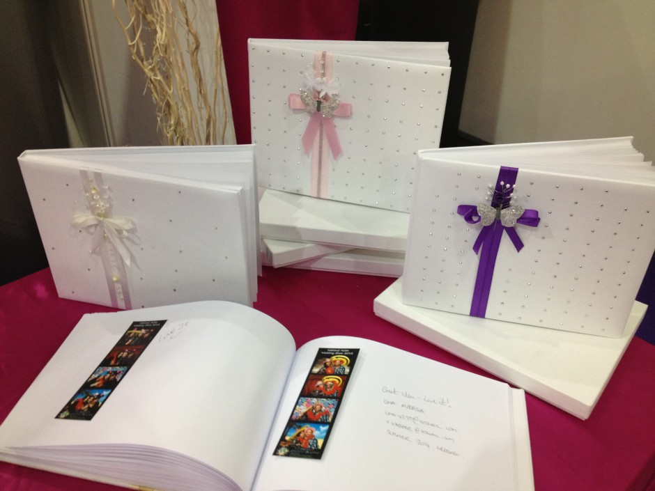 Colour Themed Guestbooks